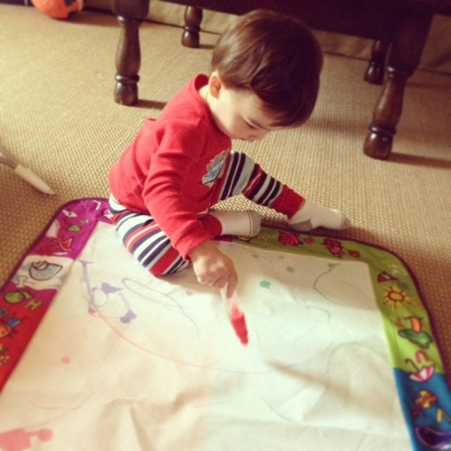 Aquadoodle Mat to occupy toddler