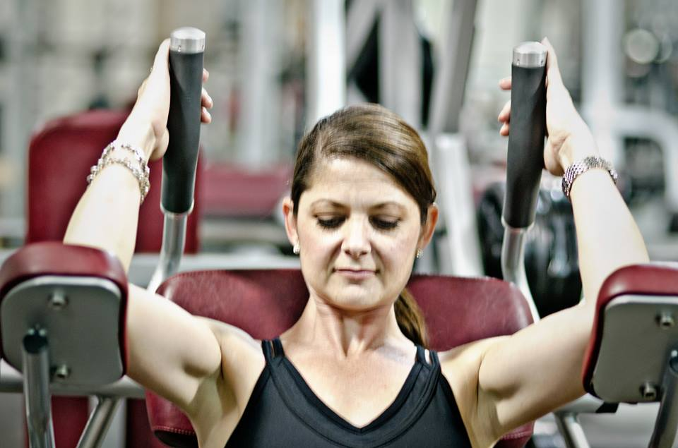 Mom lifting weights