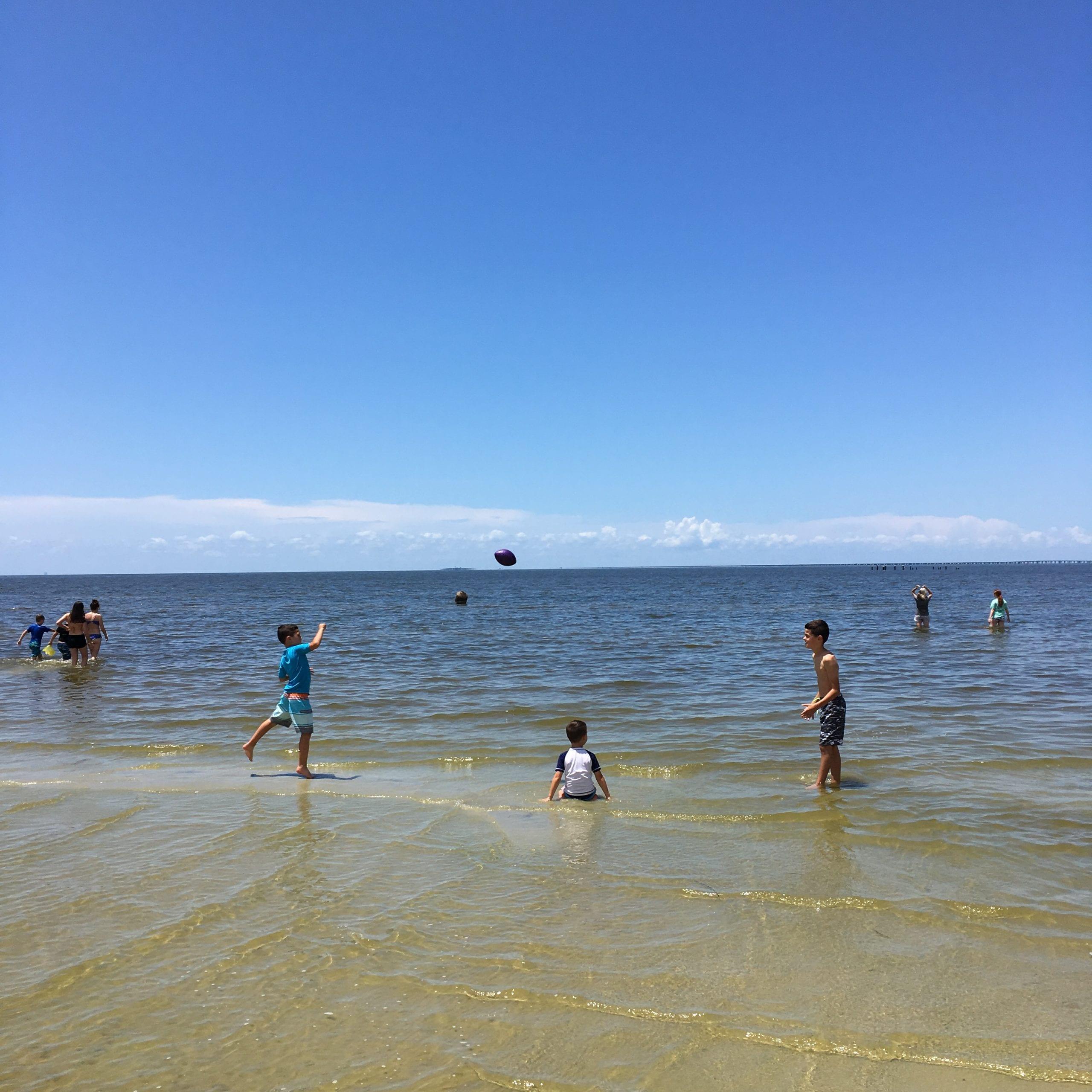 Fontainebleau beach