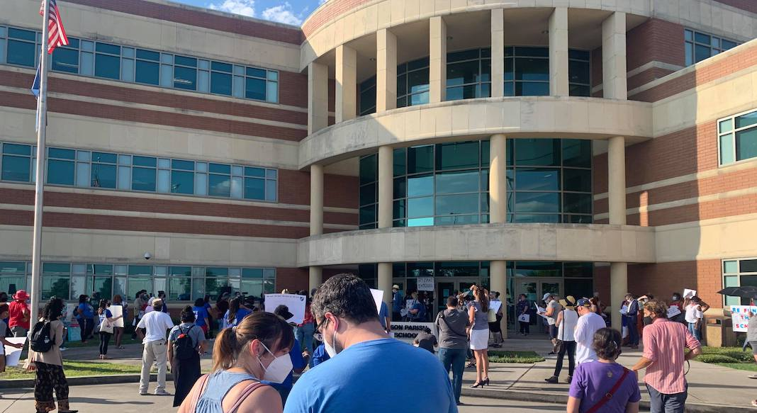 parents in front of Jefferson Parish School Board Building