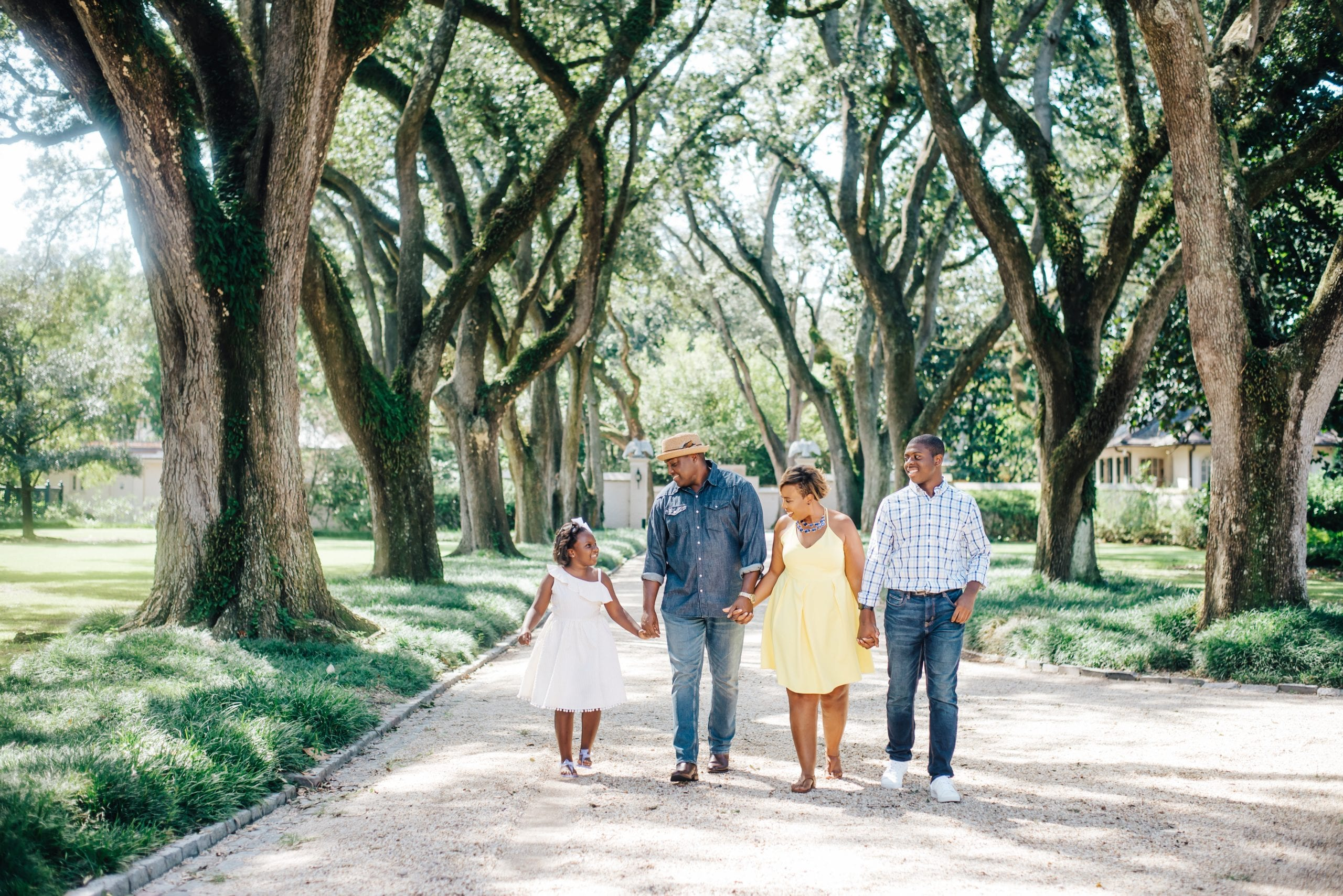 Family photos in a garden in New Orleans