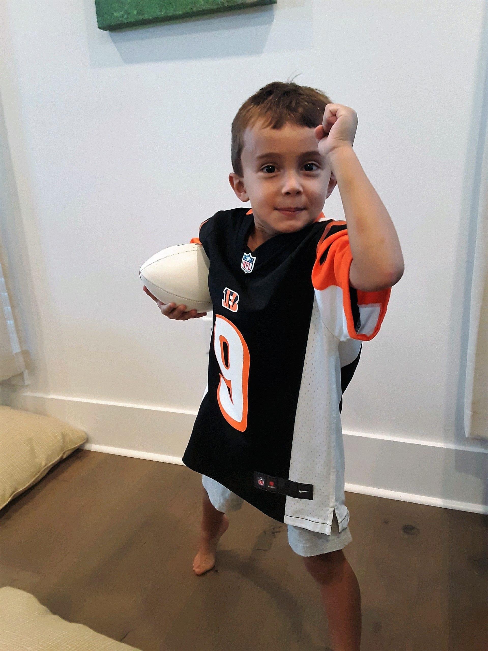 little boy in Bengals jersey